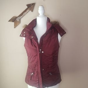 American Rag Red Puffer Vest With Faux Fur Hood